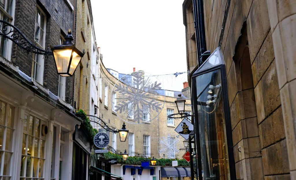 Quaint shopping street in Cambridge