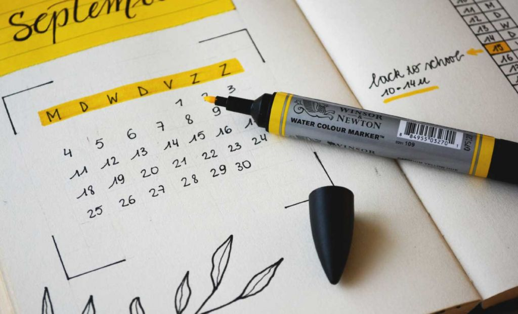 Marking out dates on a calendar