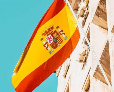 Learn Spanish like a local - Shows Spain flag