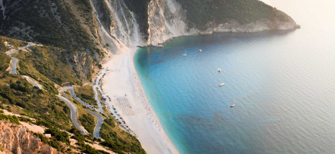 Best Greek islands for couples - Shows a beautiful beach