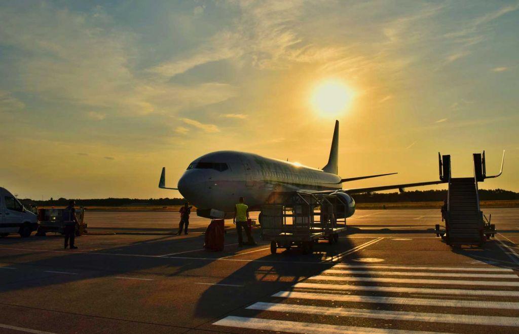 Algarve car hire - Airplane at Faro Airport