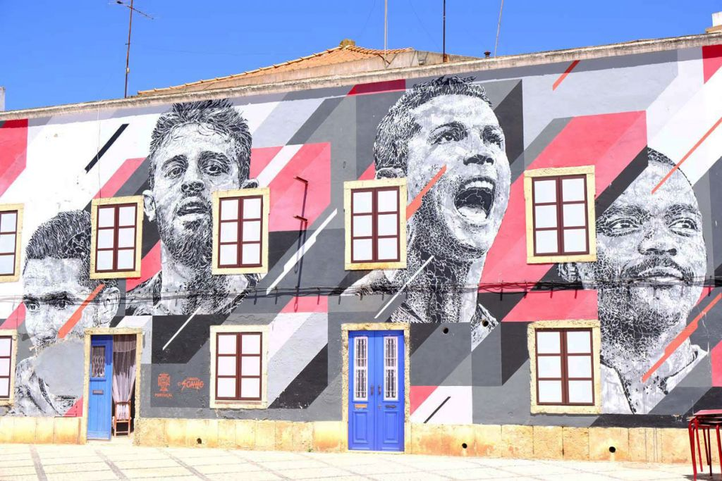 Algarve attractions - Shows a mural in Portimao town