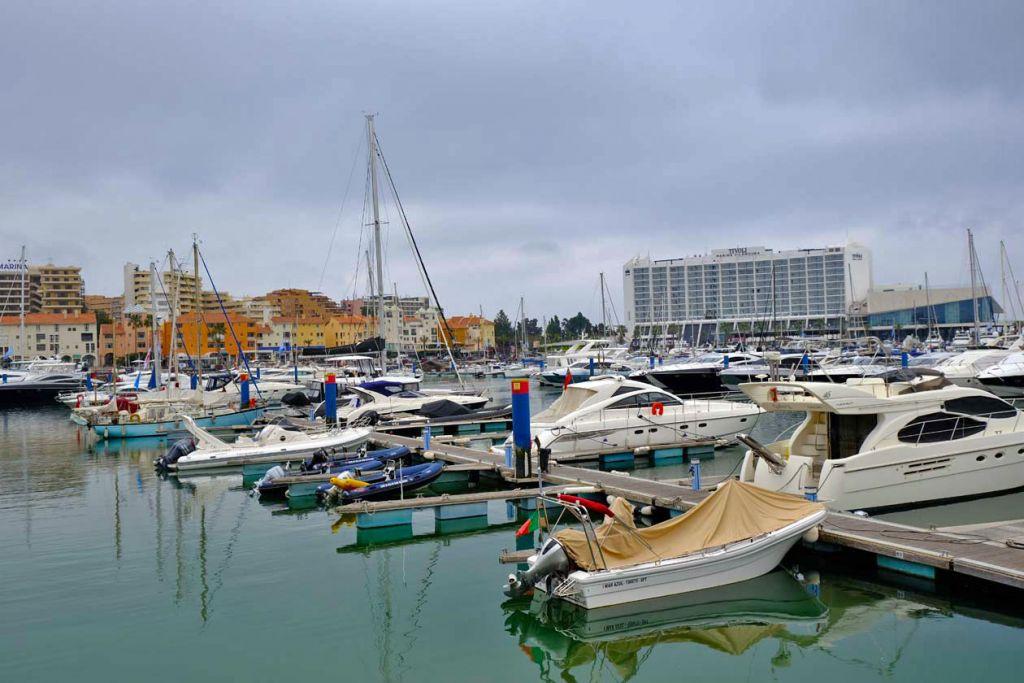 Shows yachts in Vilamoura marina