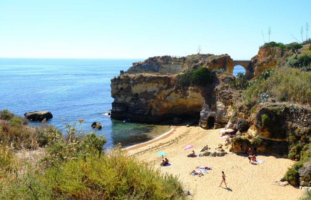 Best beaches in the Algarve - Shows Praia dos Estudantes Roman Bridge