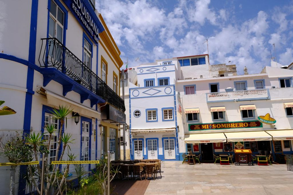 Albufeira old town streets and restaurants - The best Albufeira hotels