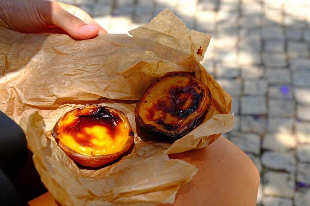 Things to do in Alvor - Shows a traditional Portuguese pastry