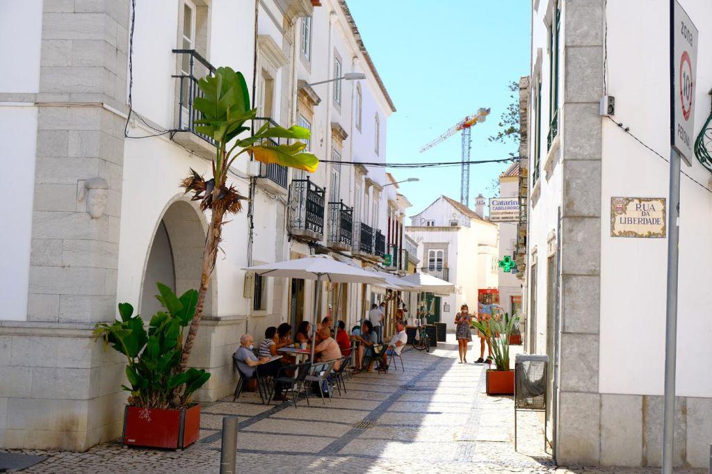 A quiet alleyway in Tavira town - The best Tavira hotels