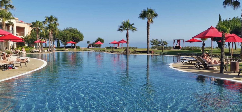 Cascade Wellness Resort Lagos swimming pool